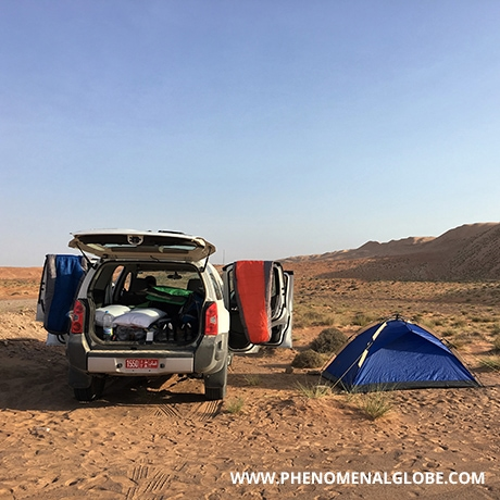 Camping in the desert 1 1